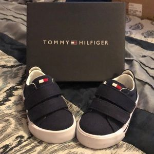 Baby Tommy Hilfiger sneakers
